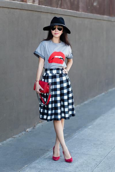 RED valentino t-shirt - Chicwish skirt