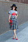 Chicwish-skirt-red-valentino-t-shirt