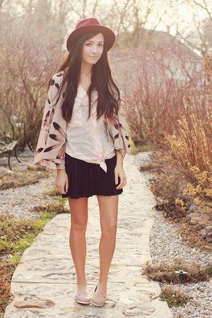peach Nectar cape - light pink le bunny bleu shoes - light pink Chicwish top