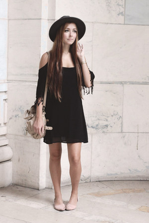 black Tobi dress