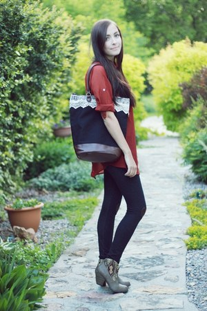 brick red LuLus boots - navy Flattery tights - navy asian icandy bag