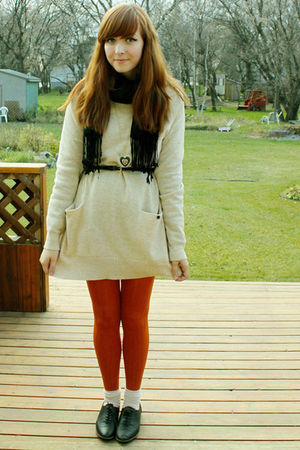 orange winners tights - black Aldo shoes - black Forever 21 necklace