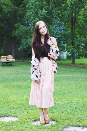 light pink awwdore skirt
