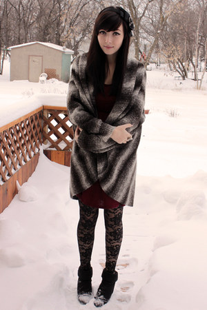 black Forever 21 tights - black Sirens boots - ruby red Forever 21 dress