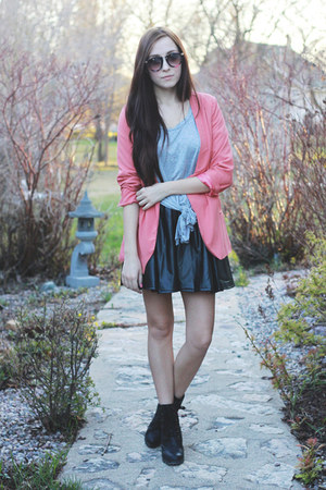 black Chicwish skirt - coral Costa Blanca jacket