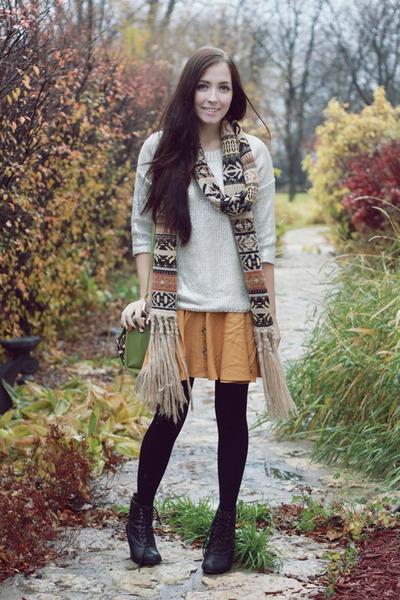 burnt orange romwe scarf - white 2020 Ave sweater - lime green romwe bag