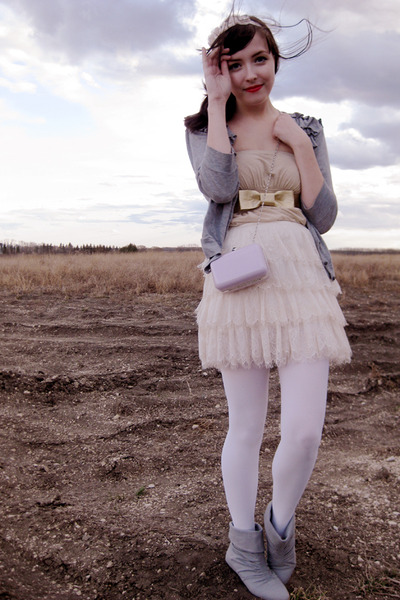 gold Sirens top - gray Aldo shoes - white wwwwelovecolorscom tights