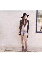 black Forever 21 hat