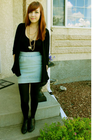blue urban behavior skirt - black Spring shoes - black joe fresh style cardigan