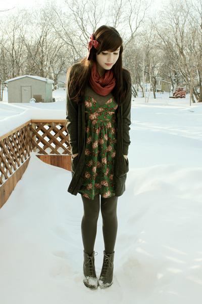 charcoal gray Forever 21 boots - green urban behavior dress