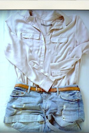 pink Zara blouse - blue H&M jeans
