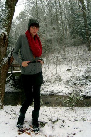 gray Local store hat - red Gap scarf - gray J Crew cardigan - black Urban Outfit