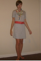 thrifted scarf - Gap dress - Gap belt - Nine West shoes