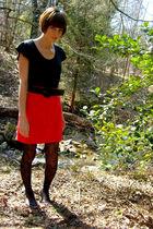 black Old Navy top - black thrifted belt - red thrifted skirt - black Rue 21 tig