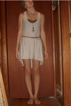 Old Navy top - Forever21 dress - Forever21 necklace - Urban Outfitters belt - Ni