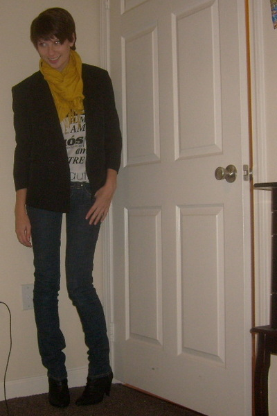 Urban Outfitters scarf - Forever 21 t-shirt - blazer - Charlotte Russe jeans - M