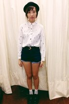 Dr marts shoes - The dude shorts - Topshop socks - Modparade top
