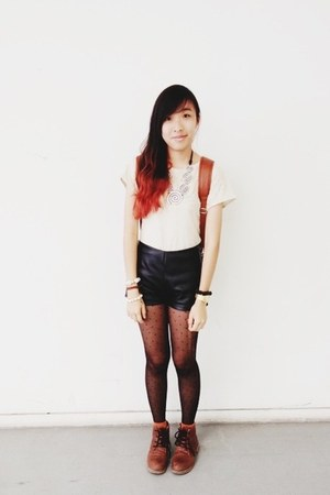 Modparade boots - flea market shorts - Toshop top - Topshop stockings