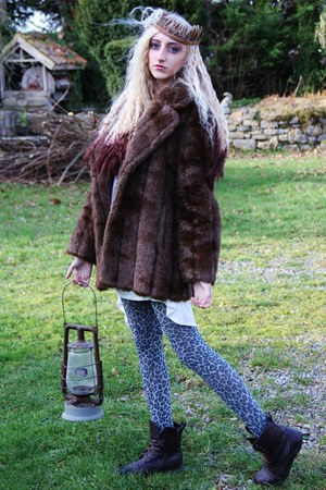 brown faux fur vintage coat - crimson leather lace up new look boots
