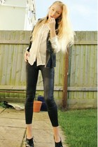 black River Island leggings - black fur gilet Topshop jacket