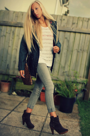 green waxed coat jack wills coat - brown suede Topshop boots