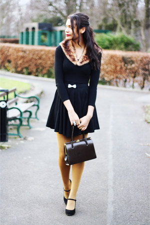 black skater Zara dress - fur brown Urban Outfitters scarf