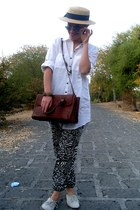 Zara shirt - Oysho hat - Zara bag - Zara loafers - H&M pants