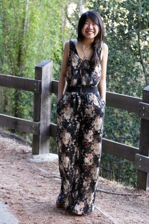 black floral pantsuit Sugarlips suit