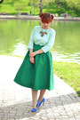 Green-choies-skirt-aquamarine-casa-de-moda-fancy-top-blue-heels