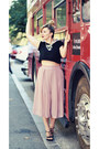 Light-pink-shein-pants-black-dresslink-necklace-black-steve-madden-sandals