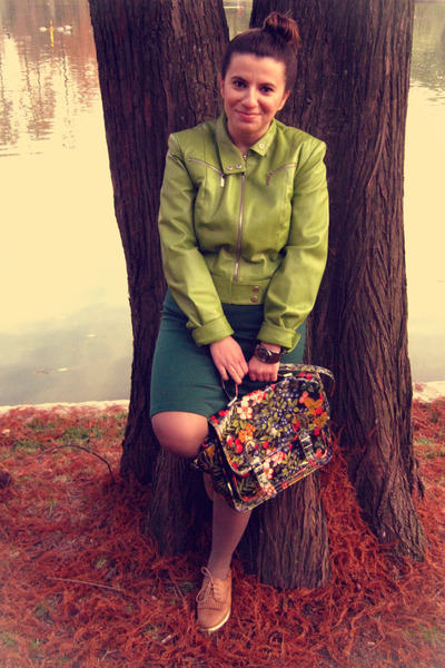 lime green vintage jacket - bronze shoes - forest green dress