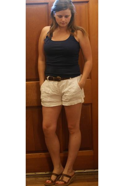 Blue Old Navy Shirts, White Random Linen Shorts Shorts, Brown ...