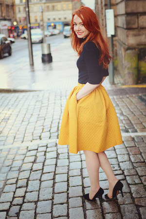 yellow H&M skirt - black Zara heels