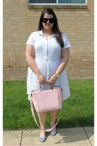 white Old Navy dress - light pink Shoedazzle bag - black Chicwish sunglasses
