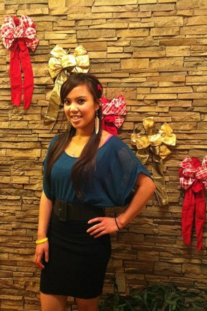 top - skirt - earrings