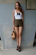 Vero Moda shorts - San Marina bag - texto heels - H&M  DIY top