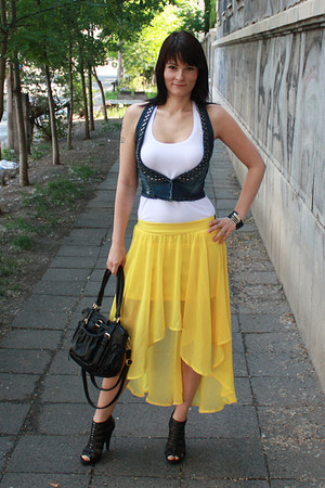 yellow AX Paris skirt - black H&M bag - white Bershka top