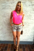 black Zara necklace - camel H&M shorts - burnt orange Moschino belt