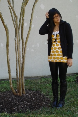 Target sweater - Lucky Brand top - Marshalls leggings - Angl top - f21 accessori