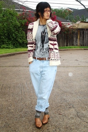UO sweater - Target t-shirt - Salvation Army jeans - Salvation Army belt - DIY a
