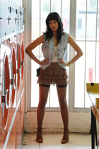 vest - top - skirt - stockings - shoes
