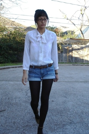 mom vintage blouse - Salvation Army belt - H&M shorts - Buffalo Exchange shoes -