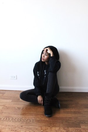 black waterproof boots - black cotton Urban Outfitters sweatshirt