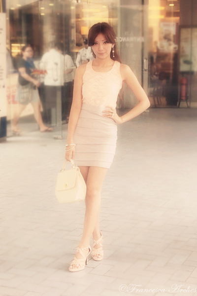 light pink sheer lace blouse - ivory candy bag - heather gray bandage skirt