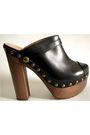 Black-chanel-shoes