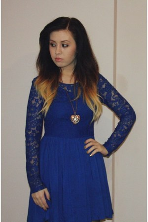 blue lace skater H&M dress - mustard heart pendant Forever 21 necklace