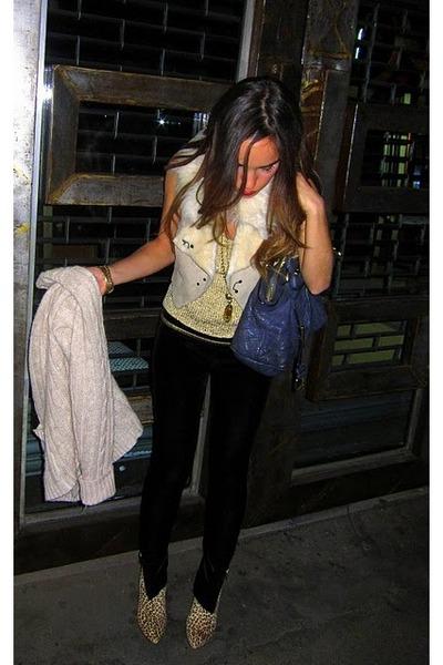 black madewell tights - bronze thrifted vintage top - camel Armani Exchange vest