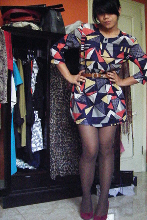 Sigarasi ShopHop dress - thrifted belt - Sigarasi ShopHop stockings - Zara shoes