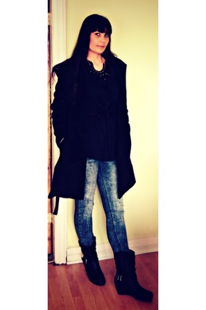 black studs Ardene boots - black belted romwe coat