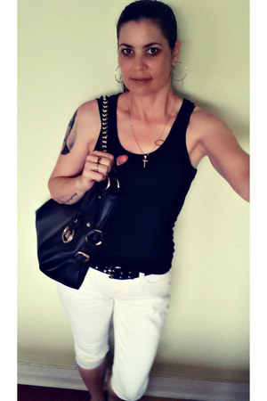 black clamdiggers Silver jeans - black leather chain Michael Kors bag